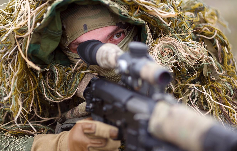 Фото обои маскировка, снайпер, камуфляж, ожидание, прицел, винтовка