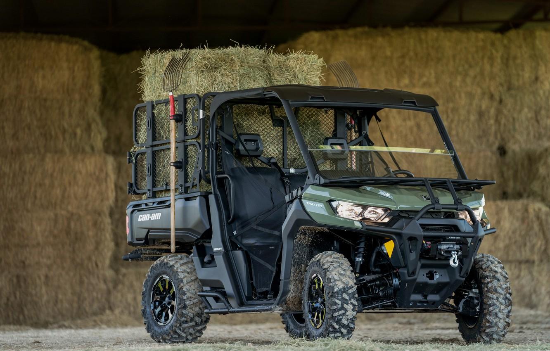 Фото обои сарай, сено, вилы, Can-Am, Traxter Farm 6.1