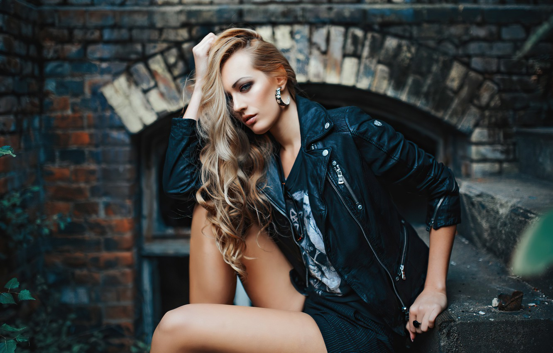 Фото обои girl, hair, look, blonde, leather jacket, Olya Alessandra, Andreas-Joachim Lins