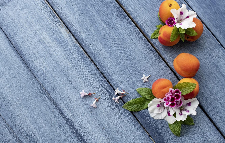 Фото обои цветы, фон, голубой, абрикос