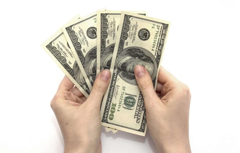 Фото обои деньги, пальцы, доллары