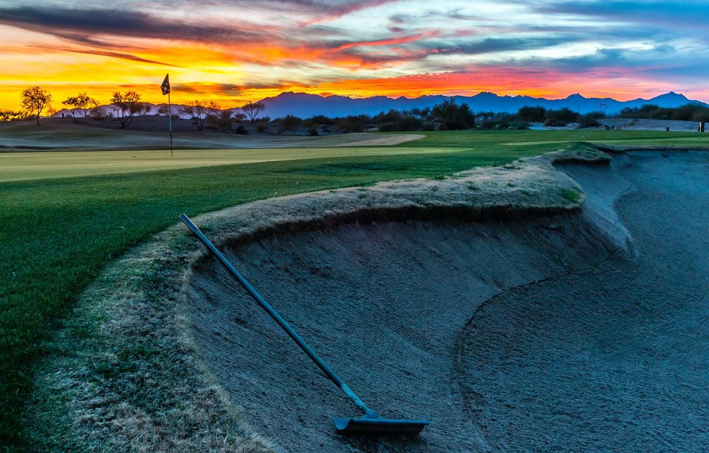 Фото обои golf, Bunker Shot, flagstick
