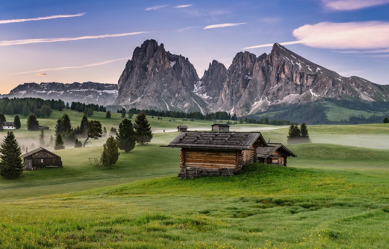 Фото обои горы, туман, утро, Италия, домики, Доломиты