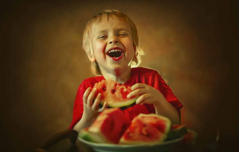 Фото обои радость, арбуз, тарелка, ребёнок, Ксения Лысенкова