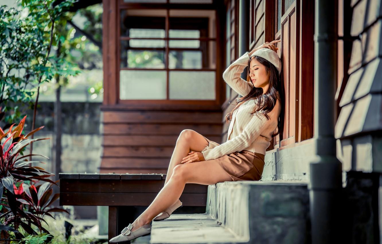 Фото обои девушка, юбка, ножки, азиатка, берет