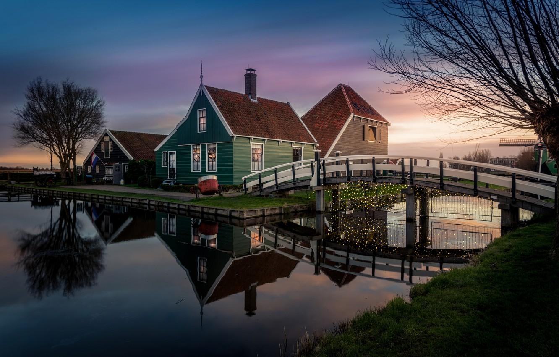 Фото обои огни, дом, вечер, флаг, канал, Нидерланды