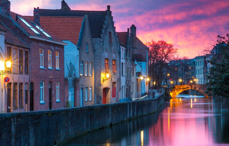 Фото обои зима, мост, город, здания, дома, утро, освещение, фонари, канал, Бельгия, Брюгге