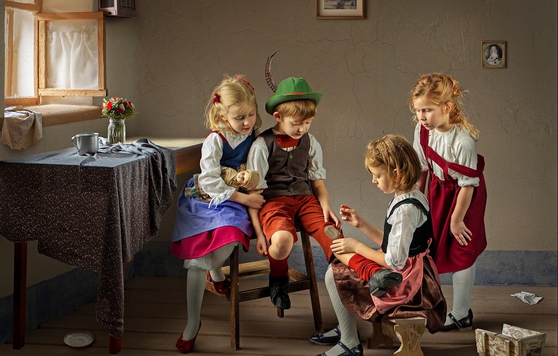 Фото обои дети, стол, комната, девочки, мальчик, окно, Dmitry Usanin, заплатка
