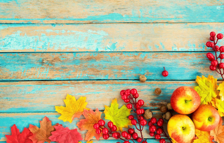 Фото обои осень, листья, ягоды, фон, дерево, яблоки, colorful, орехи, vintage, wood, background, autumn, leaves, maple