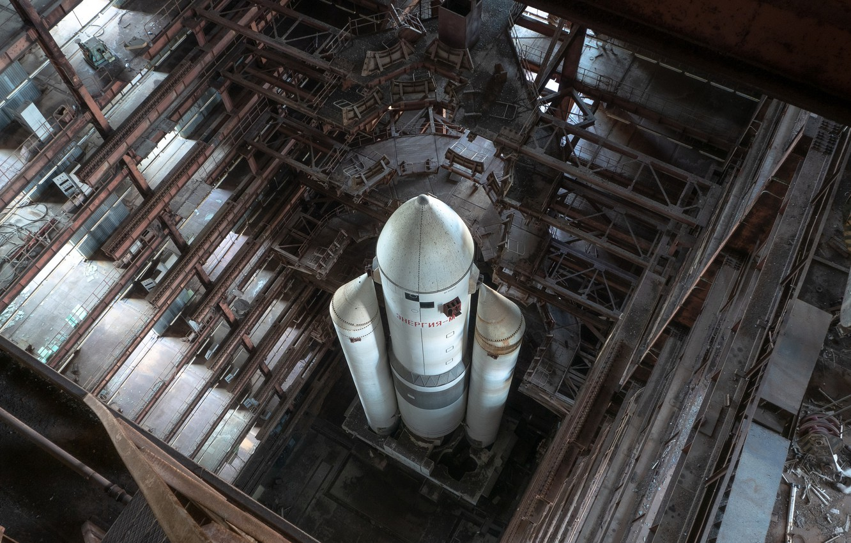 Фото обои энергия, ракета, ангар