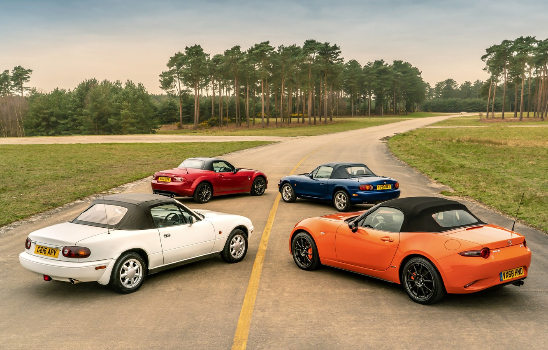 Фото обои крыши, Mazda, MX-5, родстеры, четыре поколения (NA-NB-NC-ND)