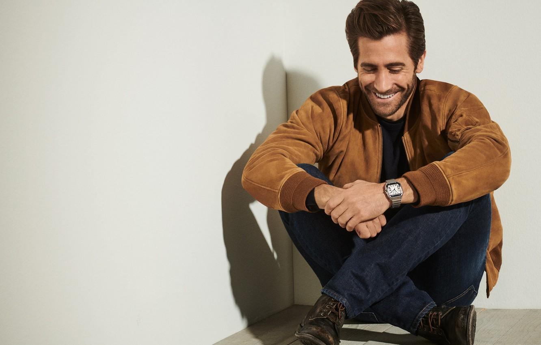 Фото обои улыбка, часы, Jake Gyllenhaal