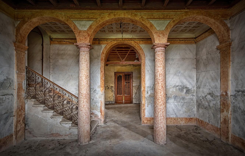 Фото обои дом, лестница, коллоны
