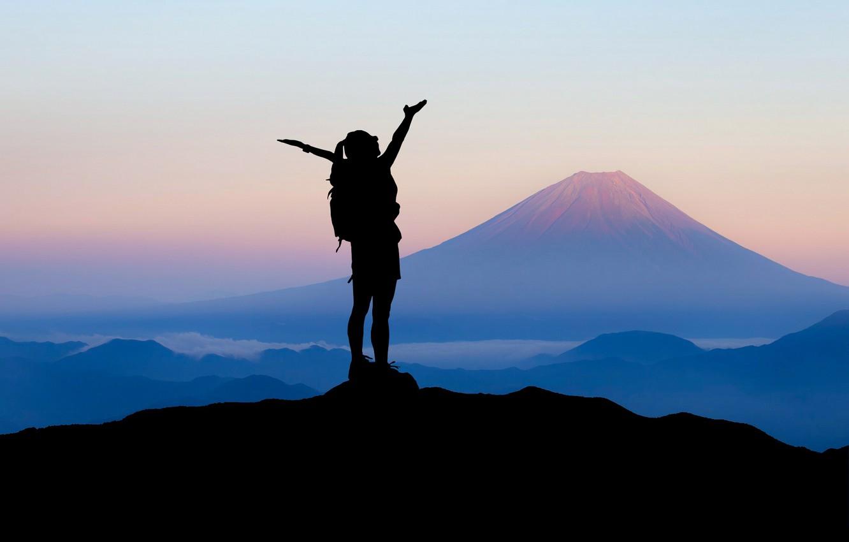 Фото обои девушка, горы, путешествия, силуэт