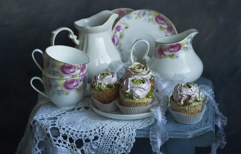 Фото обои посуда, пирожные, салфетка, табурет, Лионелла Зимина