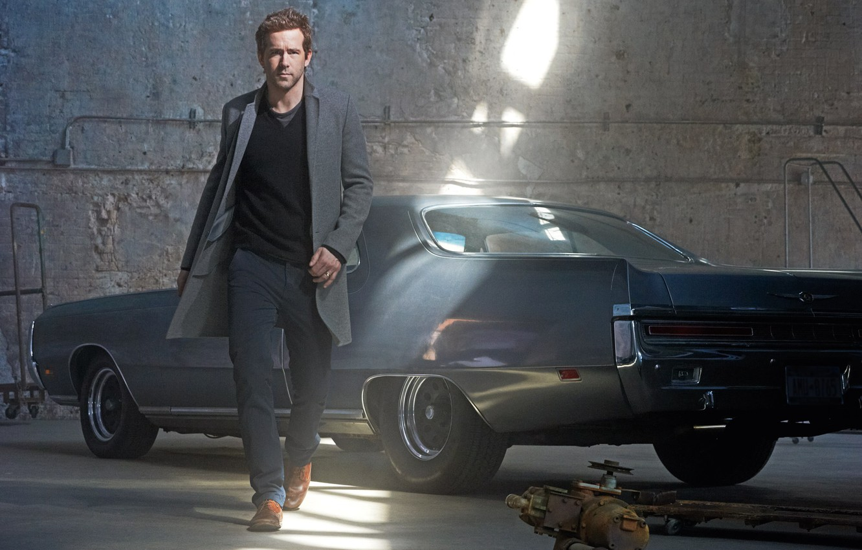 Фото обои авто, взгляд, мужчина, Ryan Reynolds