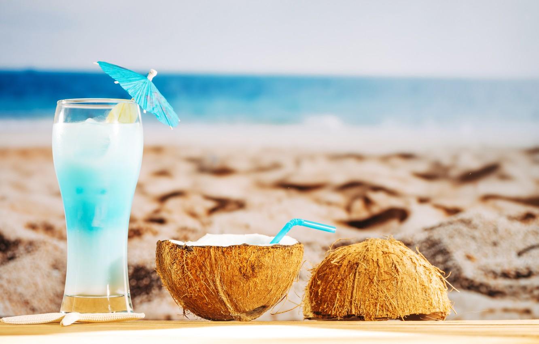 Фото обои песок, море, пляж, лето, отдых, кокос, коктейль, summer, beach, каникулы, sand, fruit, drink, coconut, vacation, …