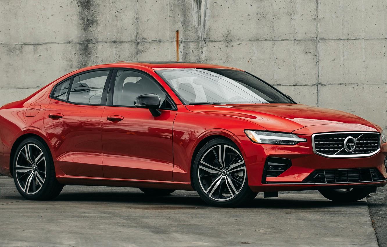 Фото обои машина, стена, фары, Volvo, Вольво, сбоку, колёса, R-Design, Volvo S60, Volvo S60 R-Design