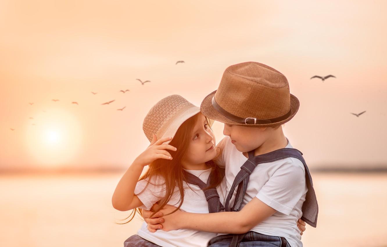 Фото обои взгляд, закат, птицы, дети, мальчик, дружба, девочка, парочка, друзья, Юлия Ткаченко
