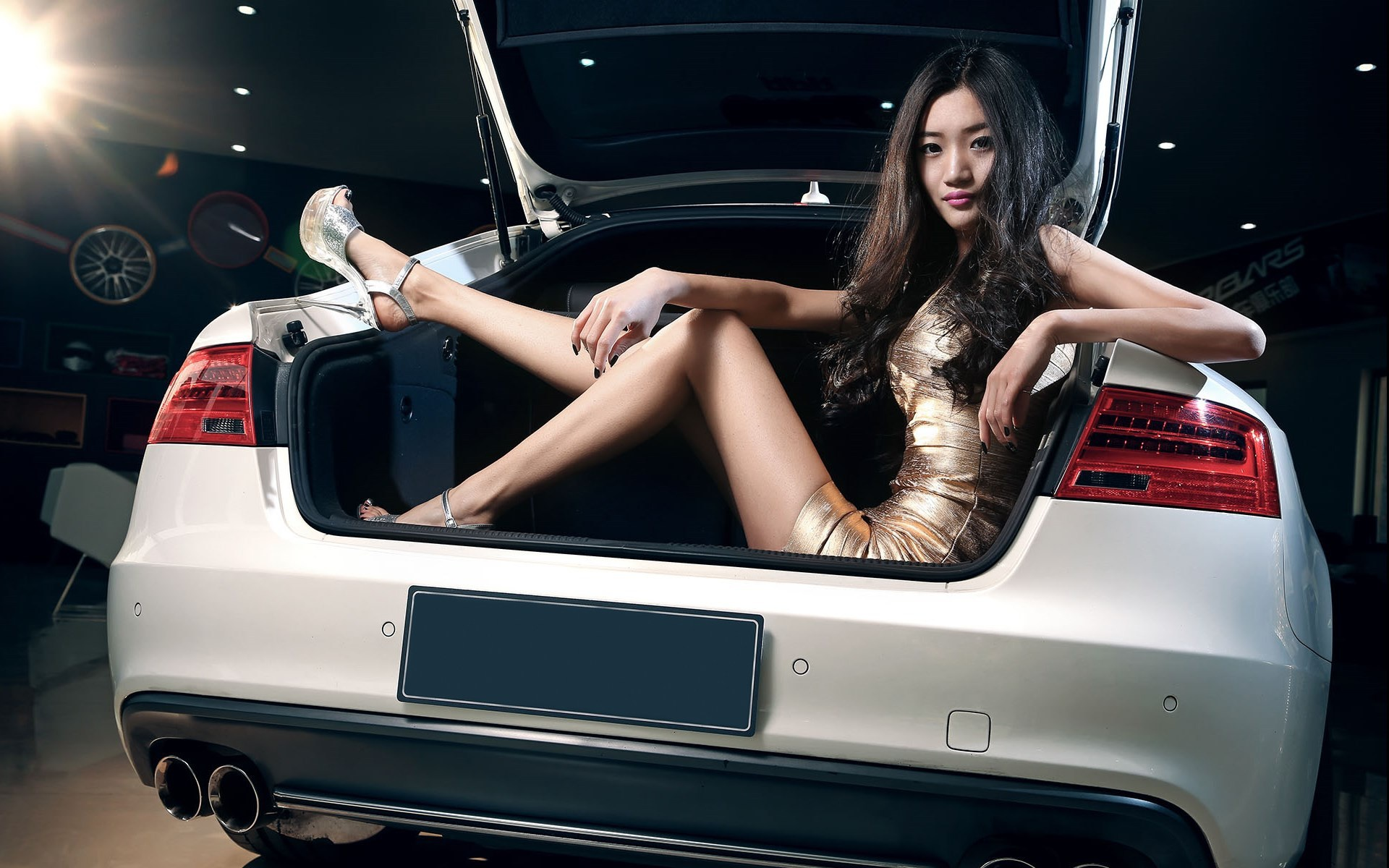 hot-asian-girls-humping-and-cars